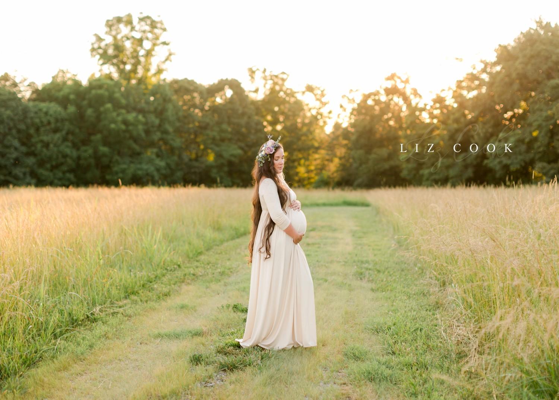 Emily's Maternity - Lynchburg Maternity Photographer