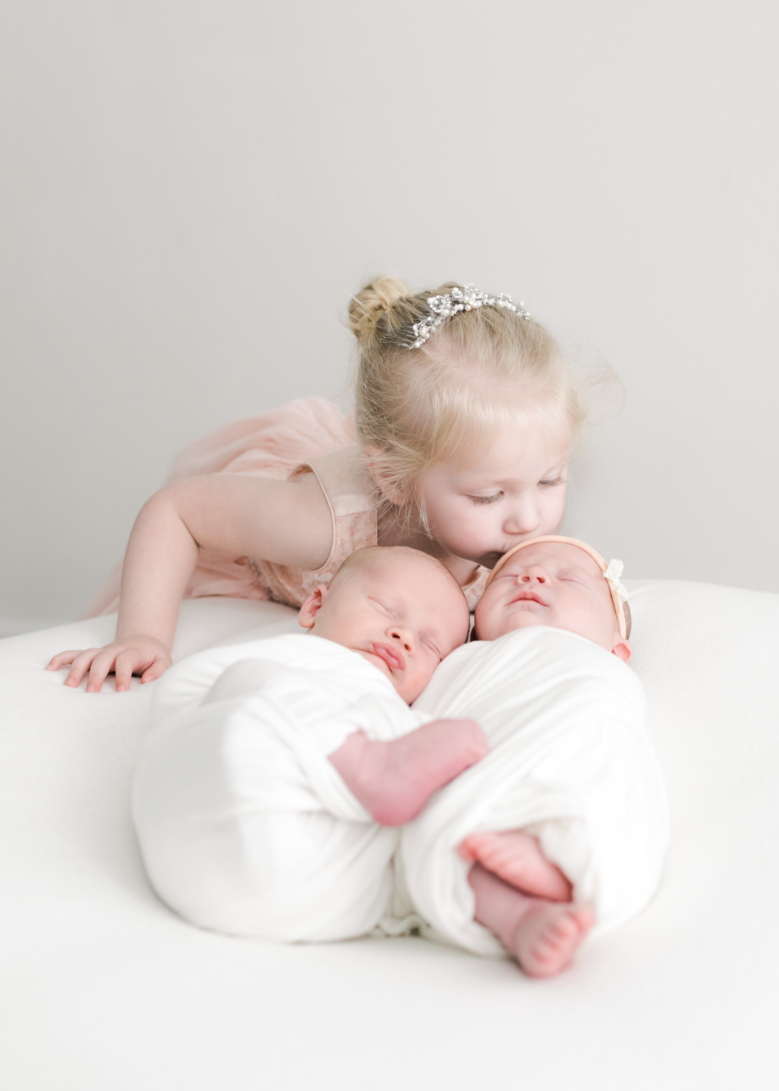Katie-Newborn-Twins-2019-043.JPG