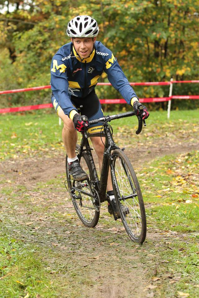 Phil looking spiffy in the Michigan Kit as he cruises on towards a 4th place and a podium!