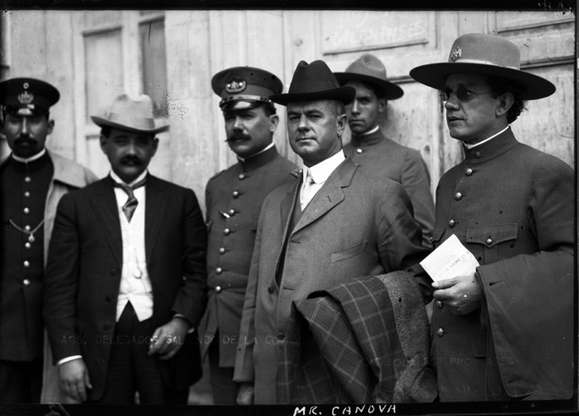 Leon Canova (4th from left) and Alvaro Obregon (3rd from left) in Mexico City, October 1913