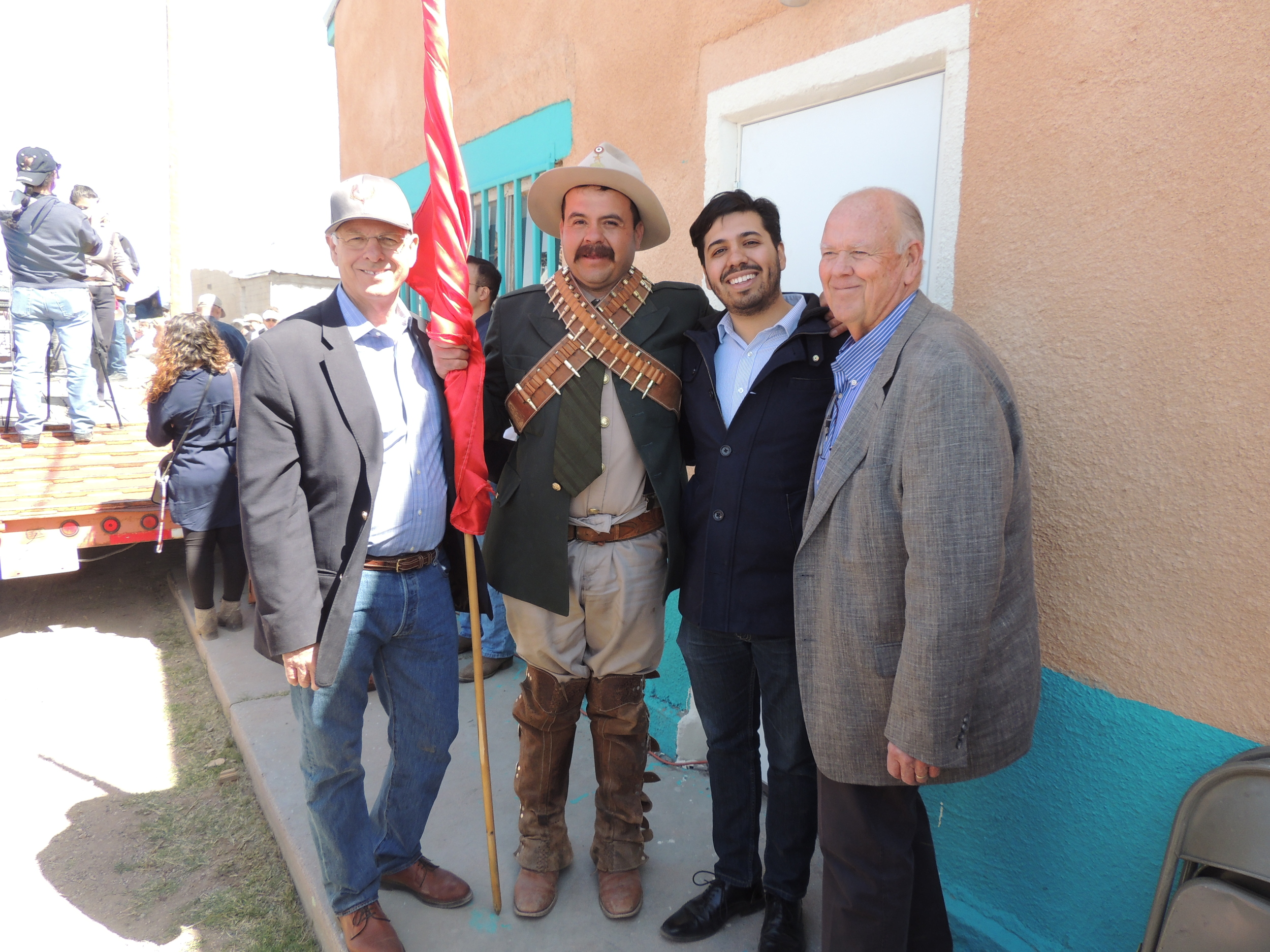 From left U.S. Representative Steve Pearce, Pancho Villa, Francisco Antonio Villa Alcazar, and Mayor of Columbus Philip Skinner