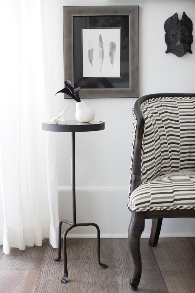CLOTH & KIND :: Serenbe Showhouse, Chair and Side Table.jpg