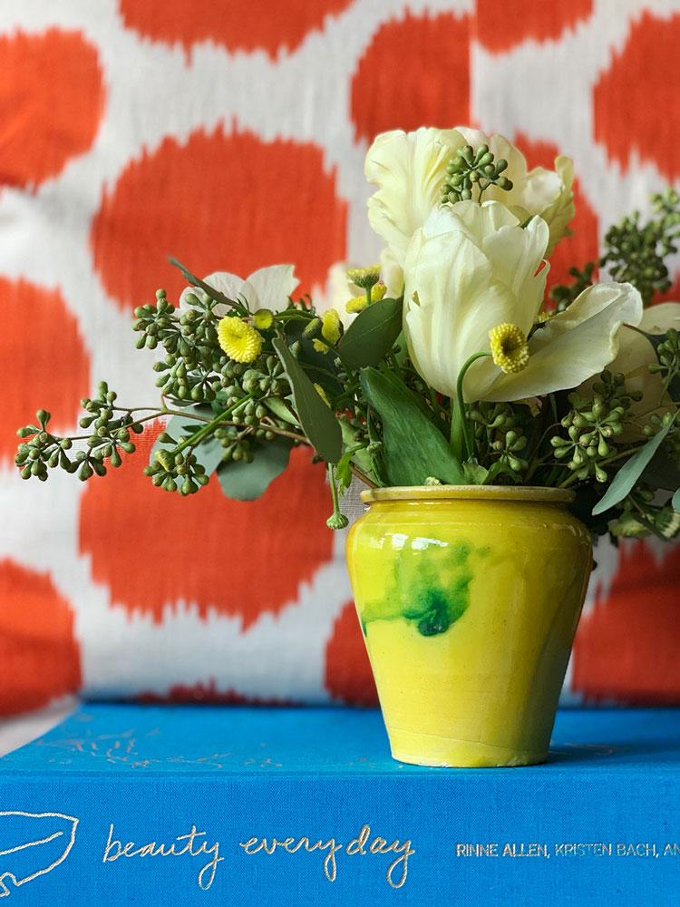CLOTH&KIND_floral_vases.03.jpg