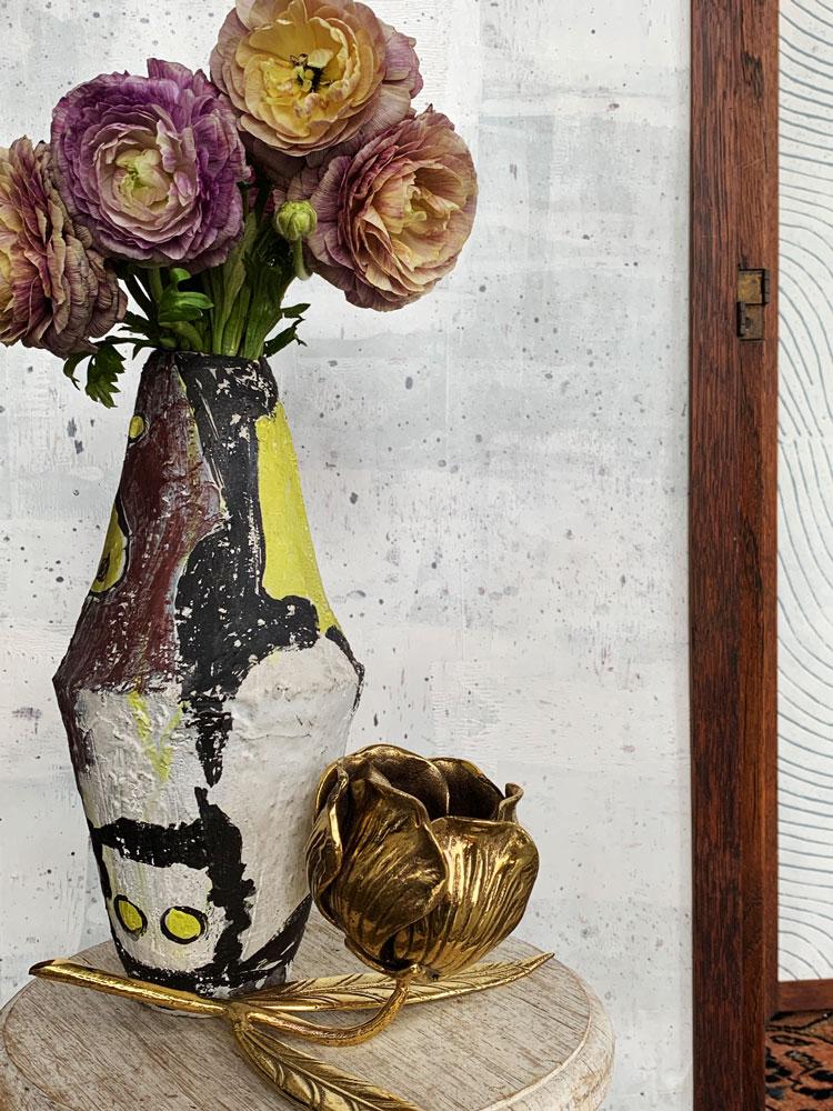 CLOTH&KIND_floral_vases.02.jpg