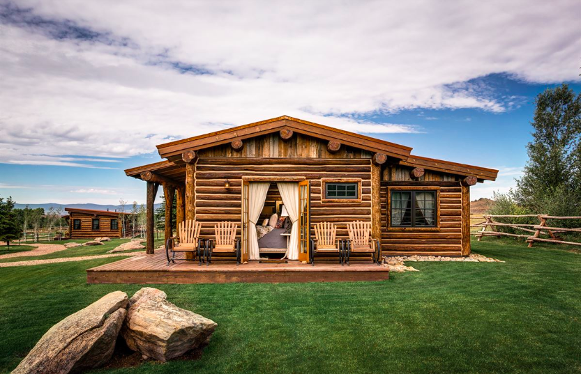 Whether you're seeking a distinctive outdoor experience or simply want to get off the grid closer to home, some of the world's top wilderness lodges and ranches are waiting to impress.    americanexpress.com