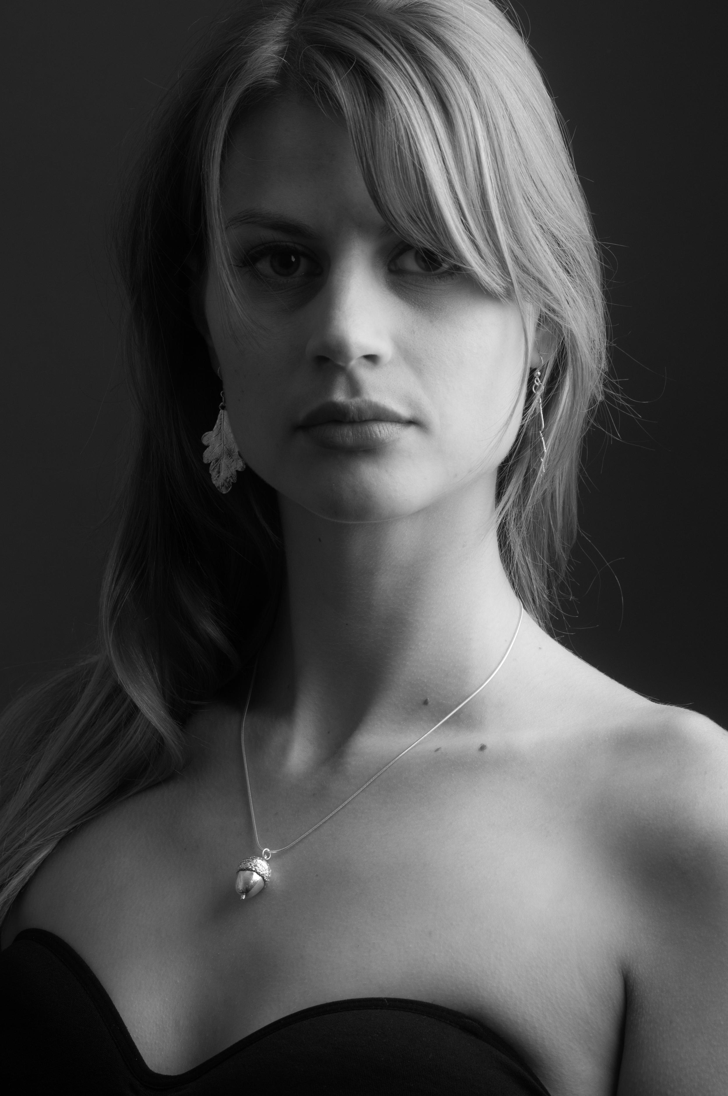 Lucie studio shoot 091.jpg
