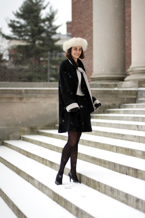 Some outfits, like this one worn by Mather House Super Senior & Applied Mathematics concentrator Anna Roth, look fantastic in snow. The black coat is so startling against fields of white.  And don't the cuffs and fur trim look so snow flurry-appropriate?