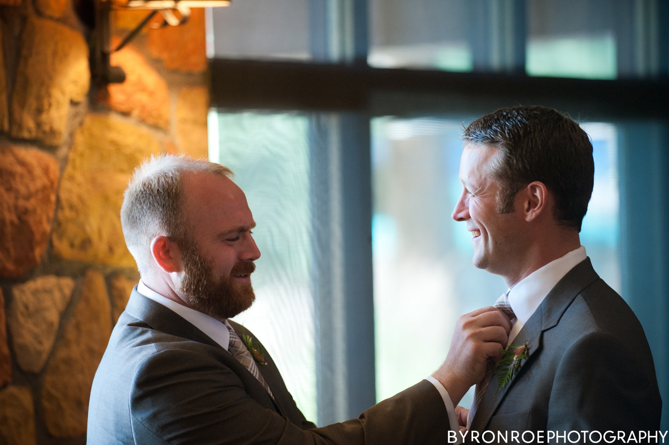 byronroephotography-houseonmetolius-caseydamon-wedding2012-high-39.jpg