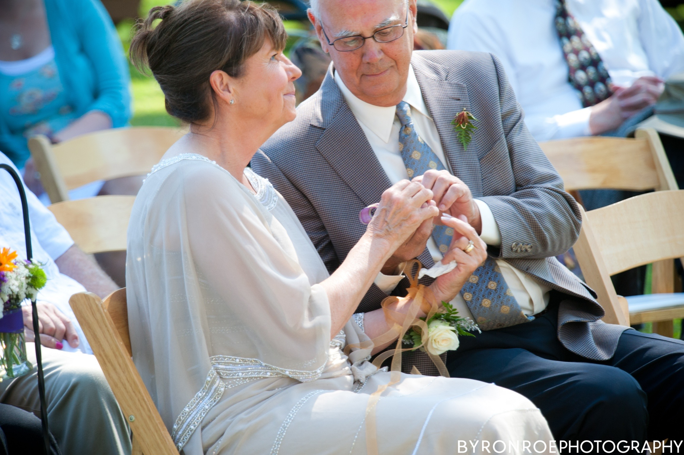 byronroephotography-houseonmetolius-caseydamon-wedding2012-high-62.jpg