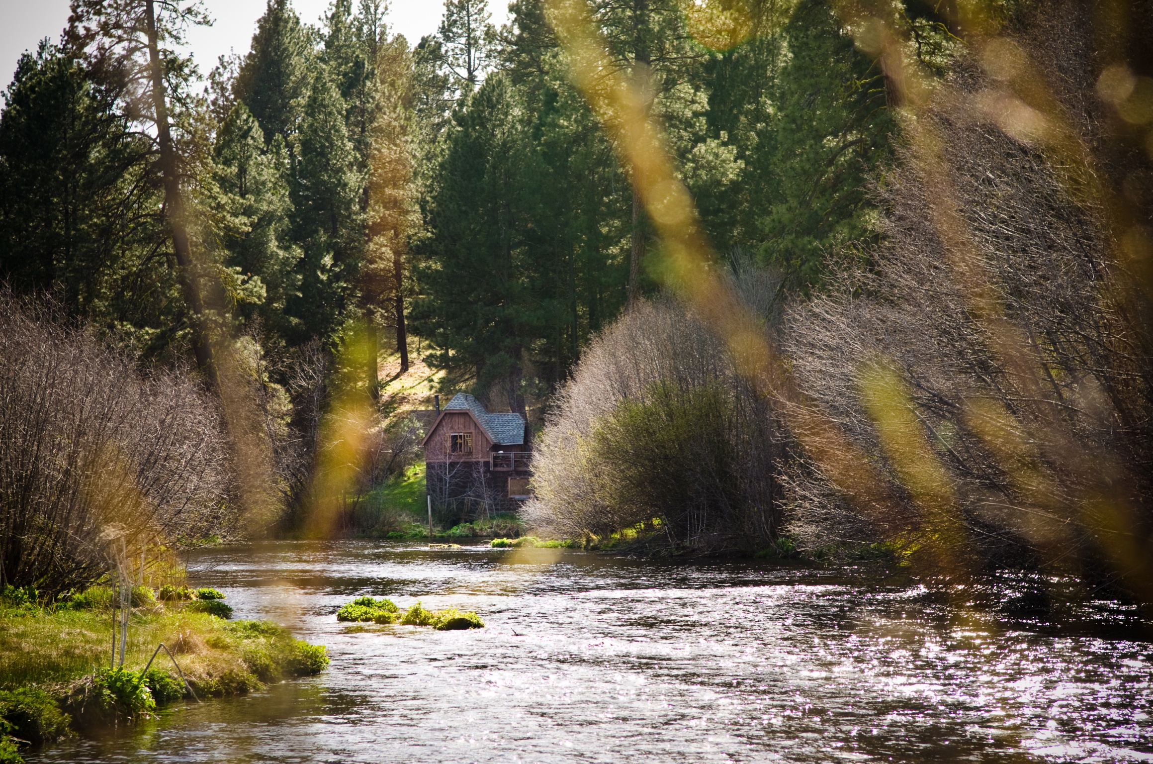 The Power House - Perched over Heising Springs, this cabin is an excellent place to enjoy the therapeutic sounds of nature.