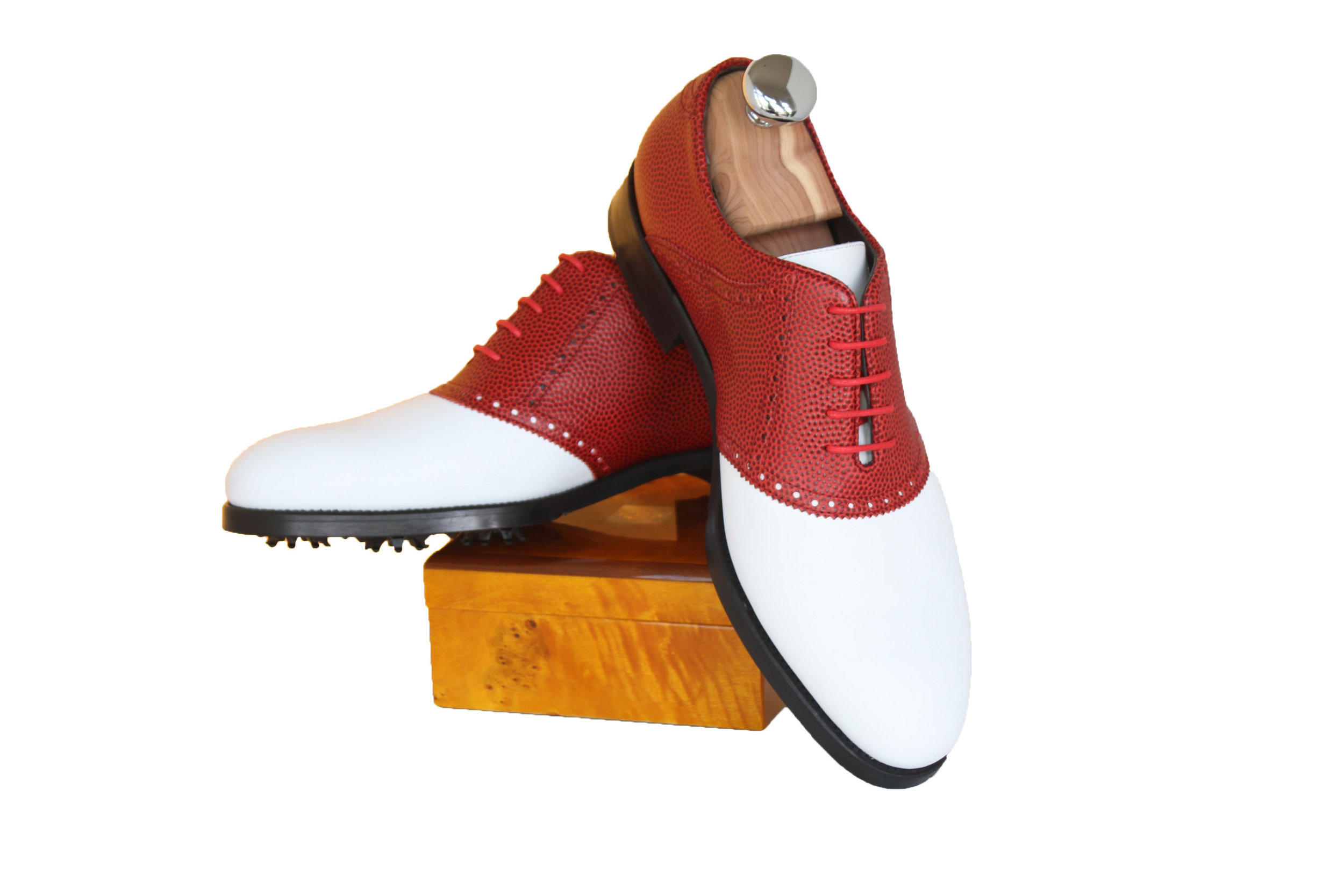 06 - RED AND WHITE GOLF SHOE.jpg