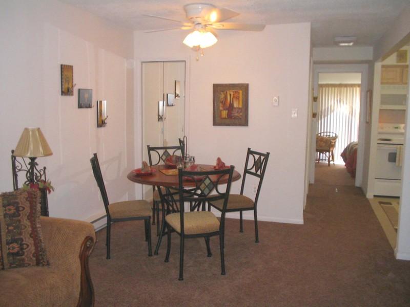 Hunters Creek Dining Room.jpg