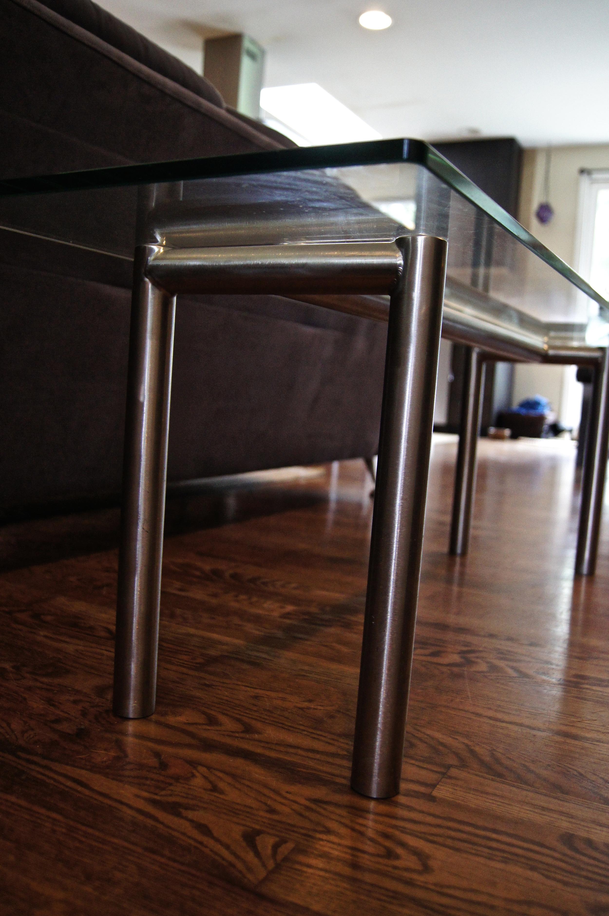 glasstable1.jpg