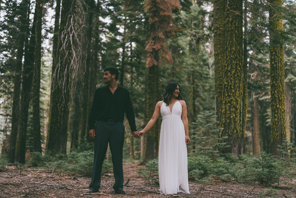 Debra Alison Photography - Yosemite Adventurous Elopement Couple Session Engagement