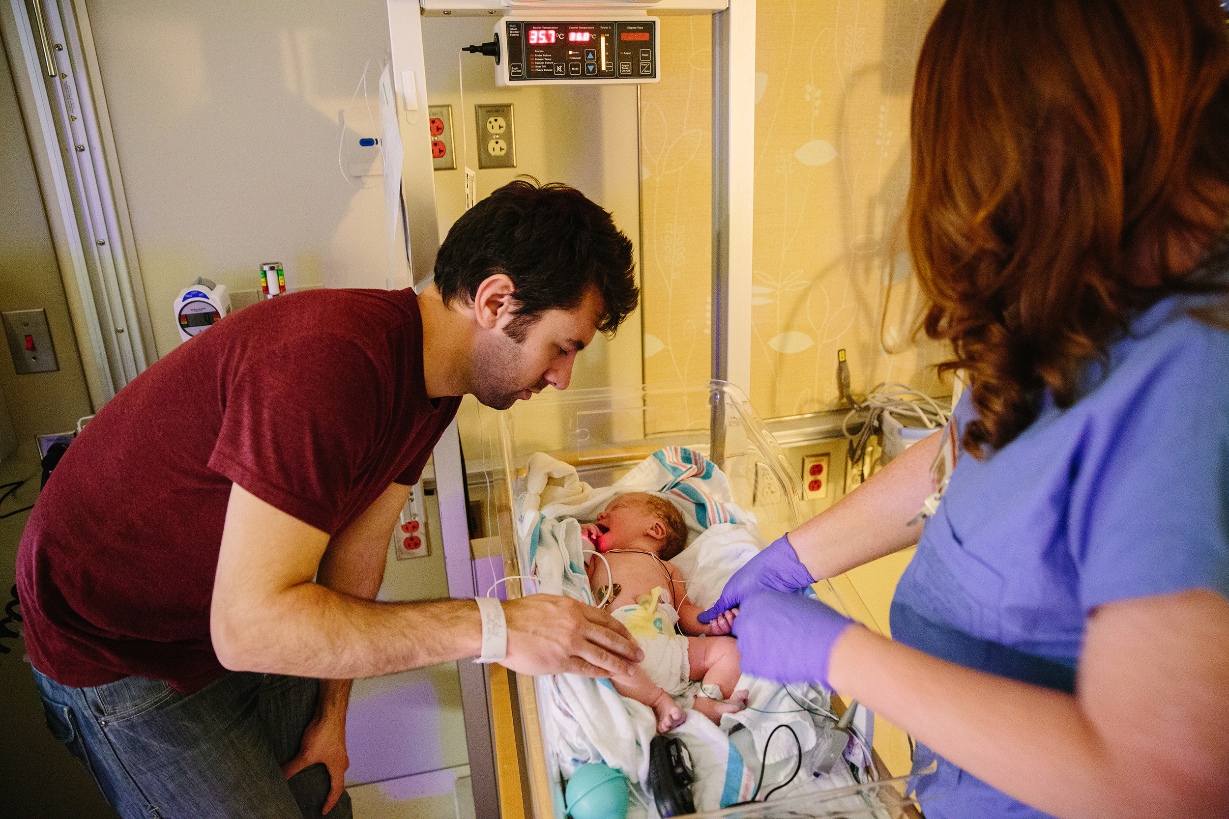 Scott was allowed to bring one guest at a time down to the ICU, so I got to make a quick visit as he checked in on the baby, who was having some difficulty breathing but improving every minute.