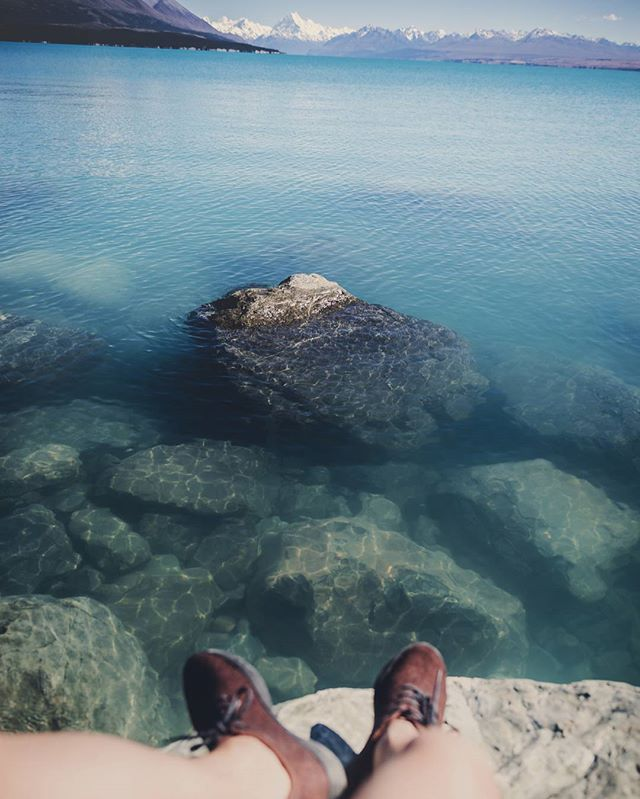 Just chilling with my @allbirds at Lake Tekapo. Can't believe how clear the water was 💙💙💙 . . . . . #allbirds #NZmustDO #NewZealand #OurPlanetDaily #BeautifulDestinations  #earthpix #awesomeearth #globeshotz  #newzealandvacations #hot_shotz #mthrworld #ig_exquisite #global_hotshotz  #longexpo_addiction @purenewzealand #AirNZShareMe #destinationnz #ig_exquisite #ig_newzealand #earth_shotz  #lakewanakanz #amazing_longexpo #longexpoelite  #longexposure_shots #moodygrams #master_gallery #realmiddleearth #earth_shotz #newzealandguide