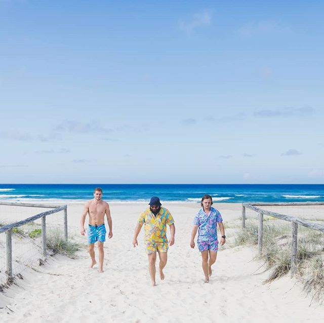 Recently I've been doing plenty of cool shoots with @ypthreads , this shoot was taken on the beautiful #kirra #beach . . . . #destinationgoldcoast #queensland #yp #summer #elifrancis #sky #sand #sun #thisisqueensland #wearegoldcoast #australia #seeaustralia