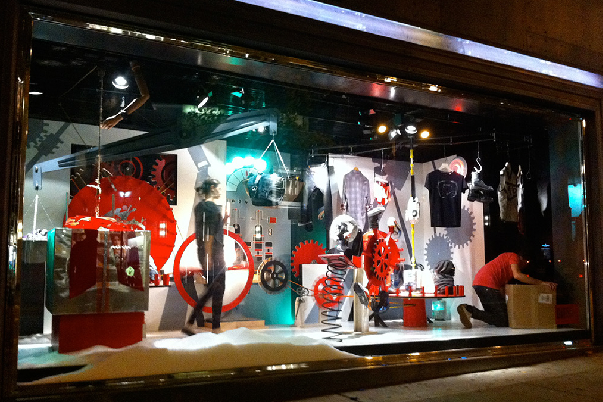 ENJ 11 DIesel Fifth Ave Window Gift Machine-01.jpg