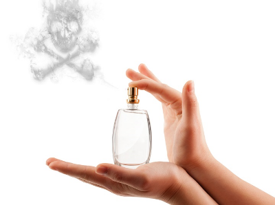 "Perfume Fragrances    ""Perfume formulations  changed sometime around the late 70s and early 80s. Today, they are approximately 95-100% synthetic (man-made)."" Using crude oil or turpentine oil as the base material, synthetics are usually derived from chemical reactions."