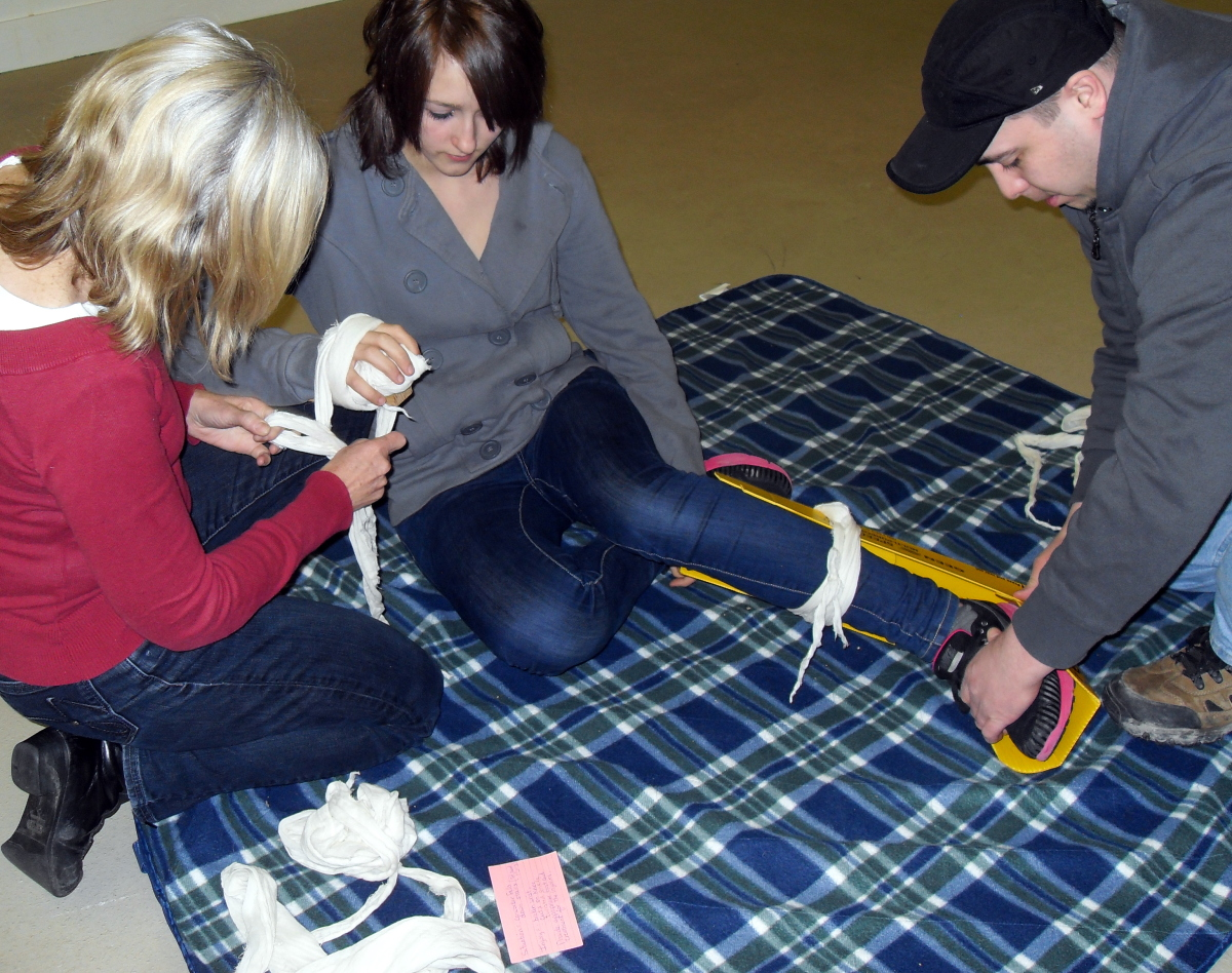 3 practicing bandaging.jpg