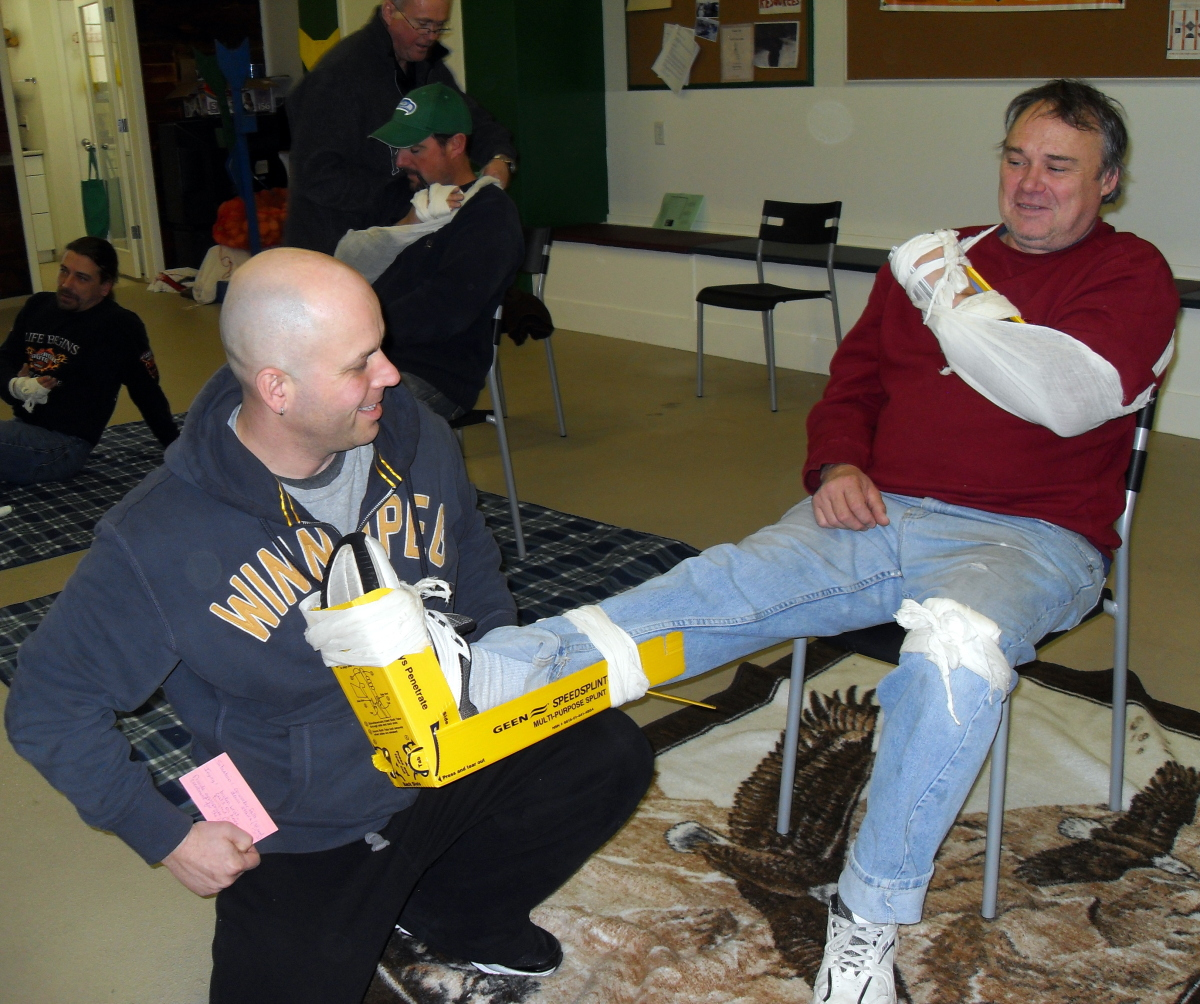 first aid class bandaging broken bones