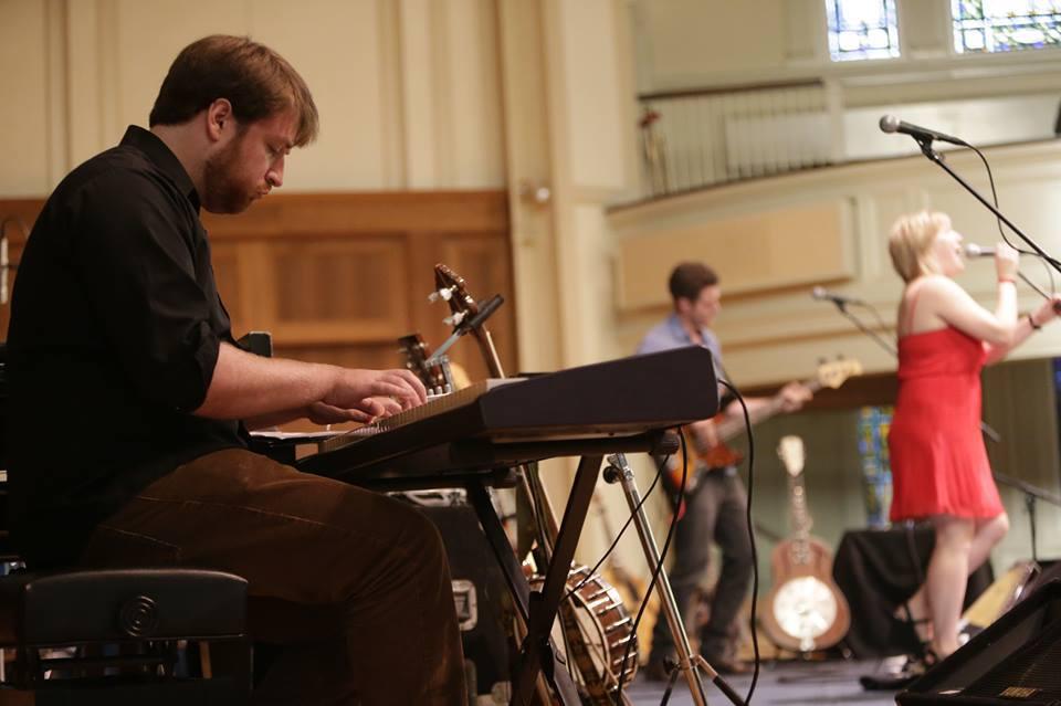 Jeremy Viner on keys, Lee Pardini on bass. Photo by Dan Powers.