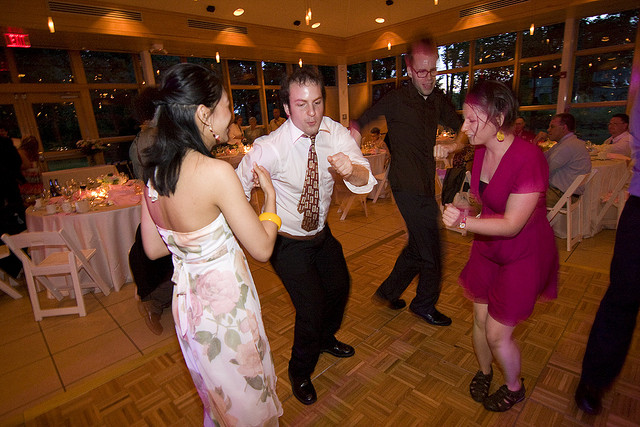 Get 'em on the dance floor! // soundfromwayout, Creative Commons