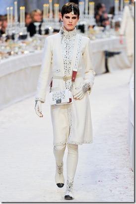 Chanel-2012-Fashion-4_thumb1.jpg