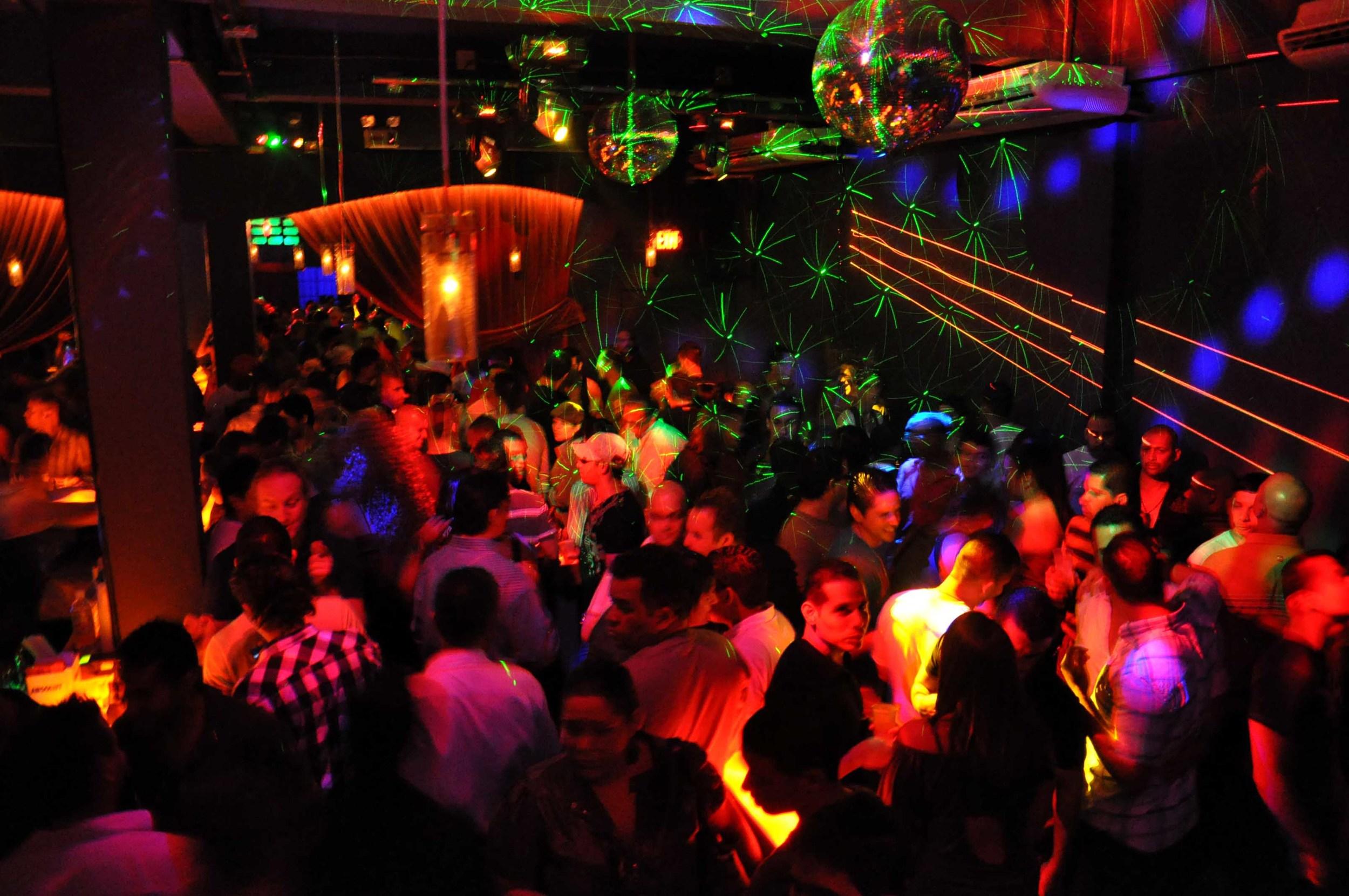 bars-2218-Circo-Bar-JoeToni-09d34.jpg