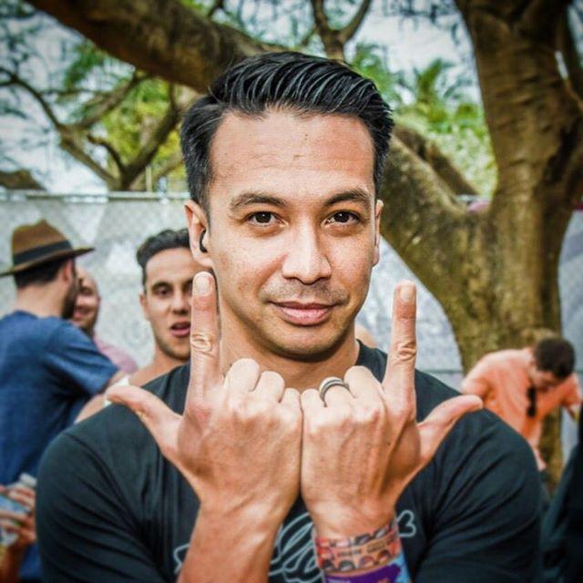 Laidback Luke, Ultra 2015, Miami. . . #miami #ultra #umf #ultra2018 #umf20 #miamimusicweek #throwback #music #dancemusic #edm #photography #photo #photographer #festival #festivalphotography #musicphotography #nikon #photooftheday #picoftheday #southbeach #cloud #clouds #sky #skyporn #laidback #laidbackluke #superhero