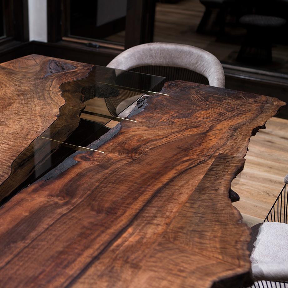 Furniture / Corset III MoNtana