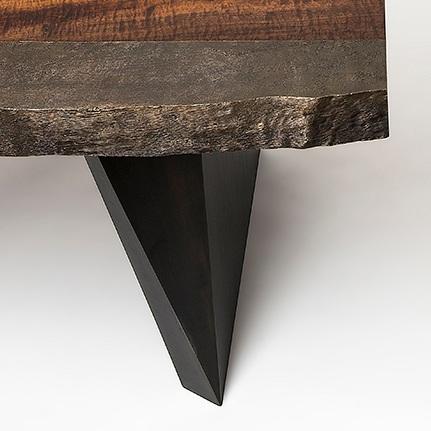 furniture / cast bronze edge