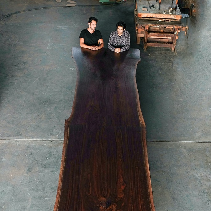 furniture / commune table