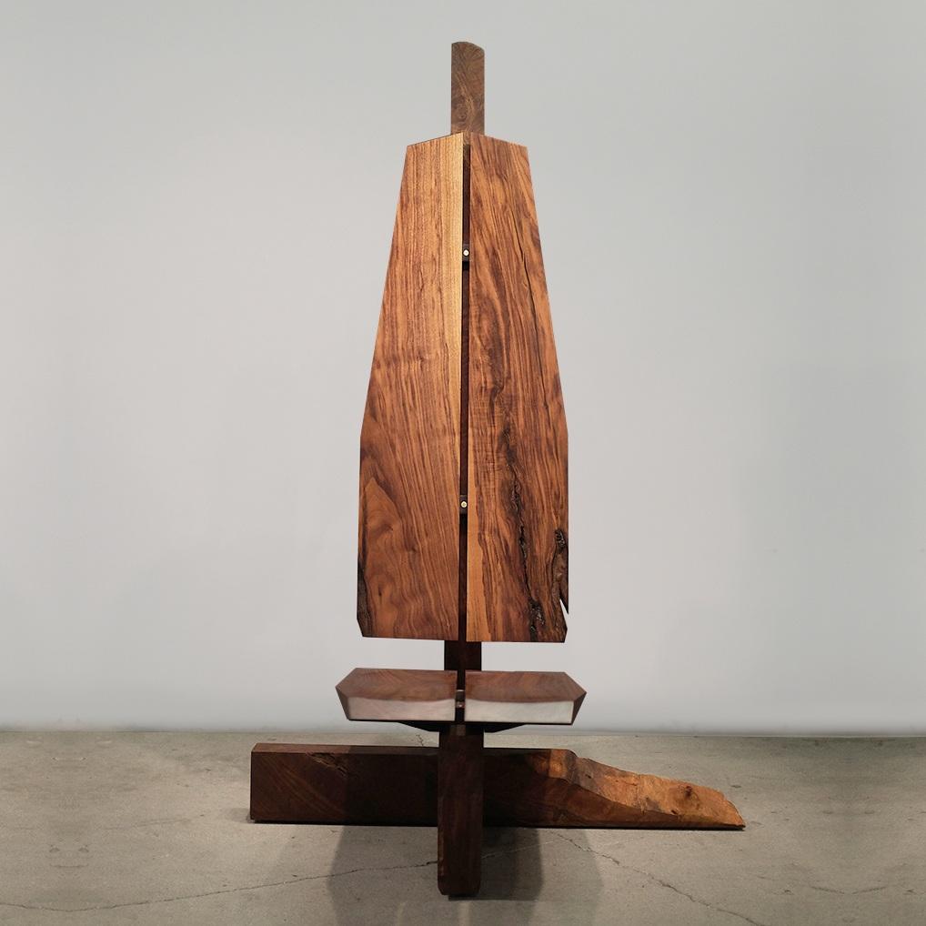furniture / live edge throne