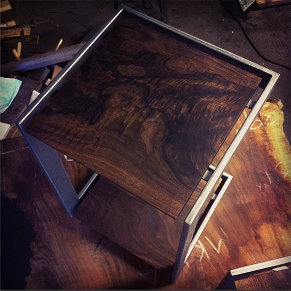 furniture / suspended table