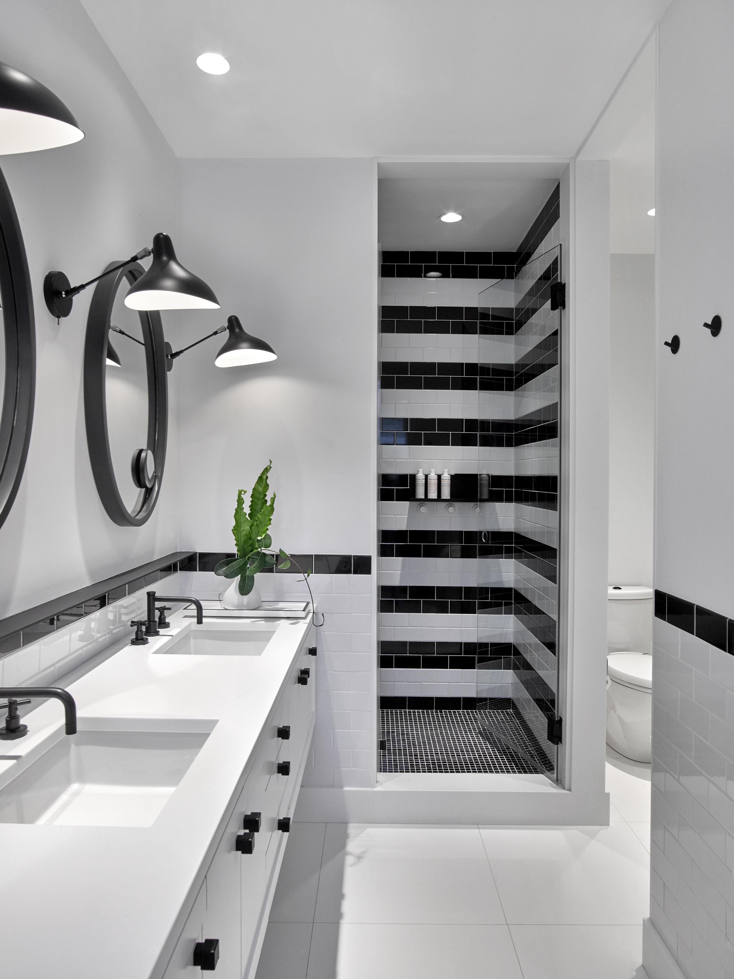 © ghislaine vinas interior design_montauk_guest4.jpg