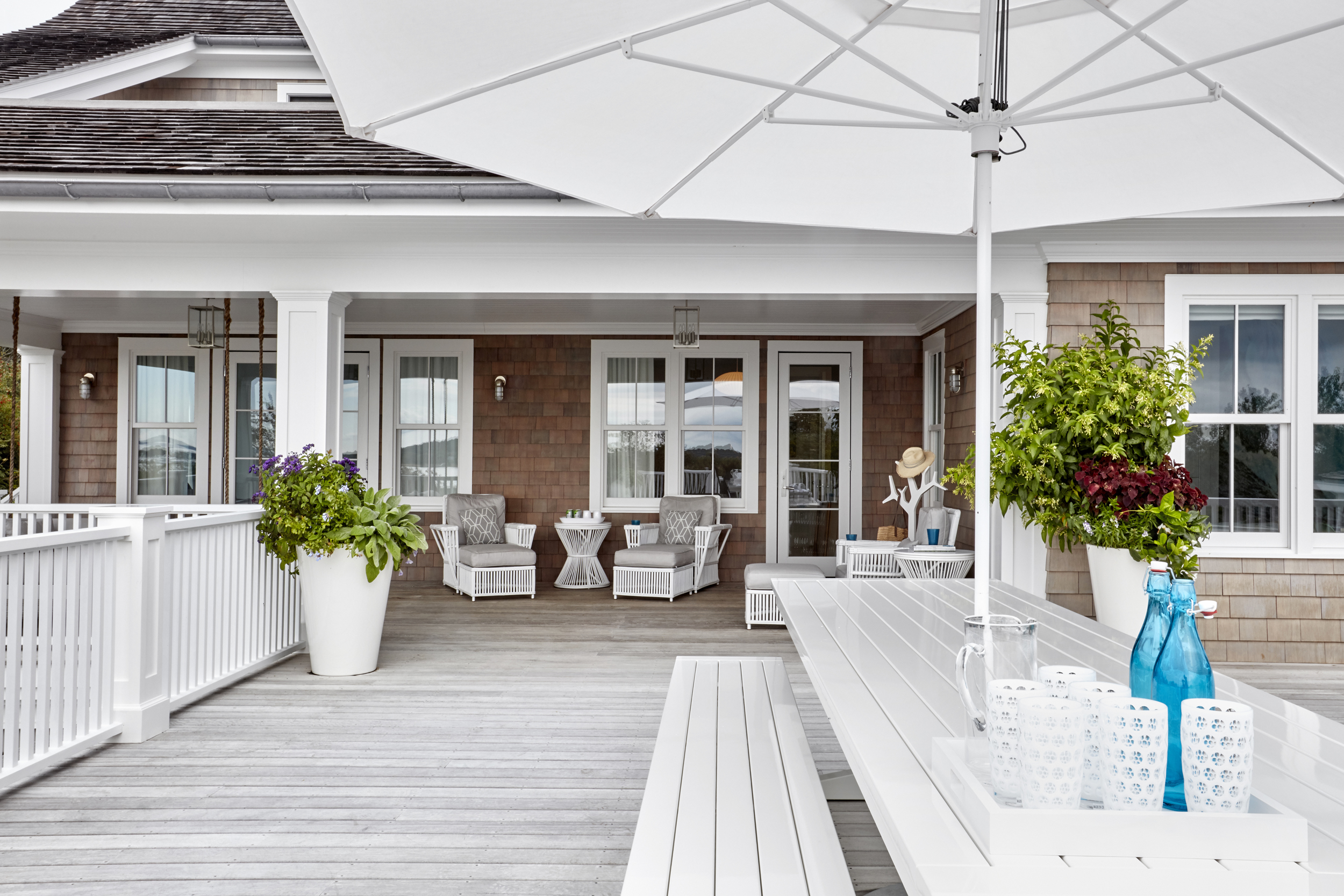 © ghislaine vinas interior design_montauk_outdoor1.jpg