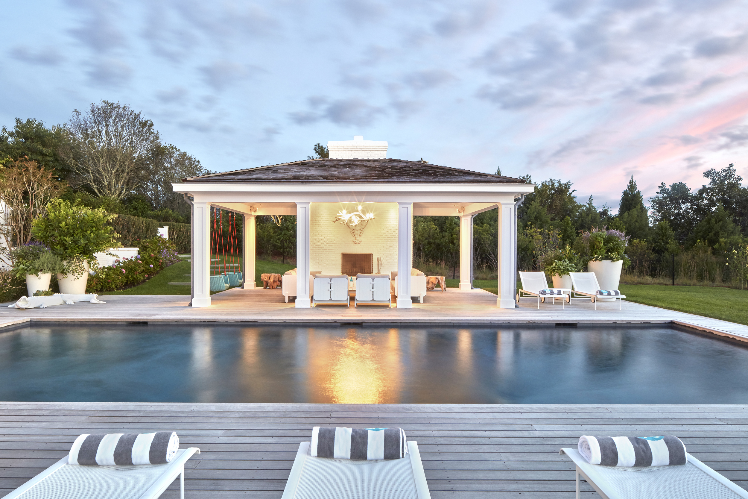 © ghislaine vinas interior design_montauk_outdoor5.jpg