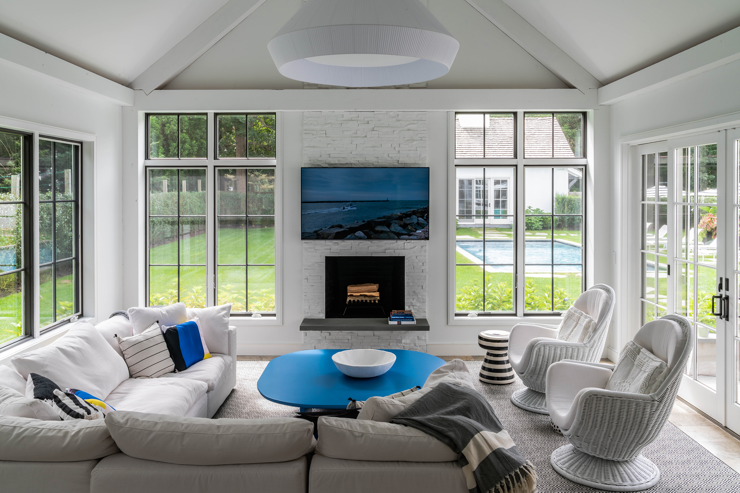©+ghislaine+vinas+interior+design_east-hampton-home_4.jpg