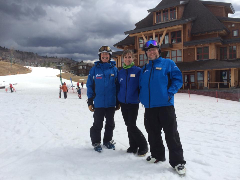 That's me on the left with 2 of my fellow Stowe Hosts: Kate, and 1 of 7 Bobs Photo by Kiki Rose