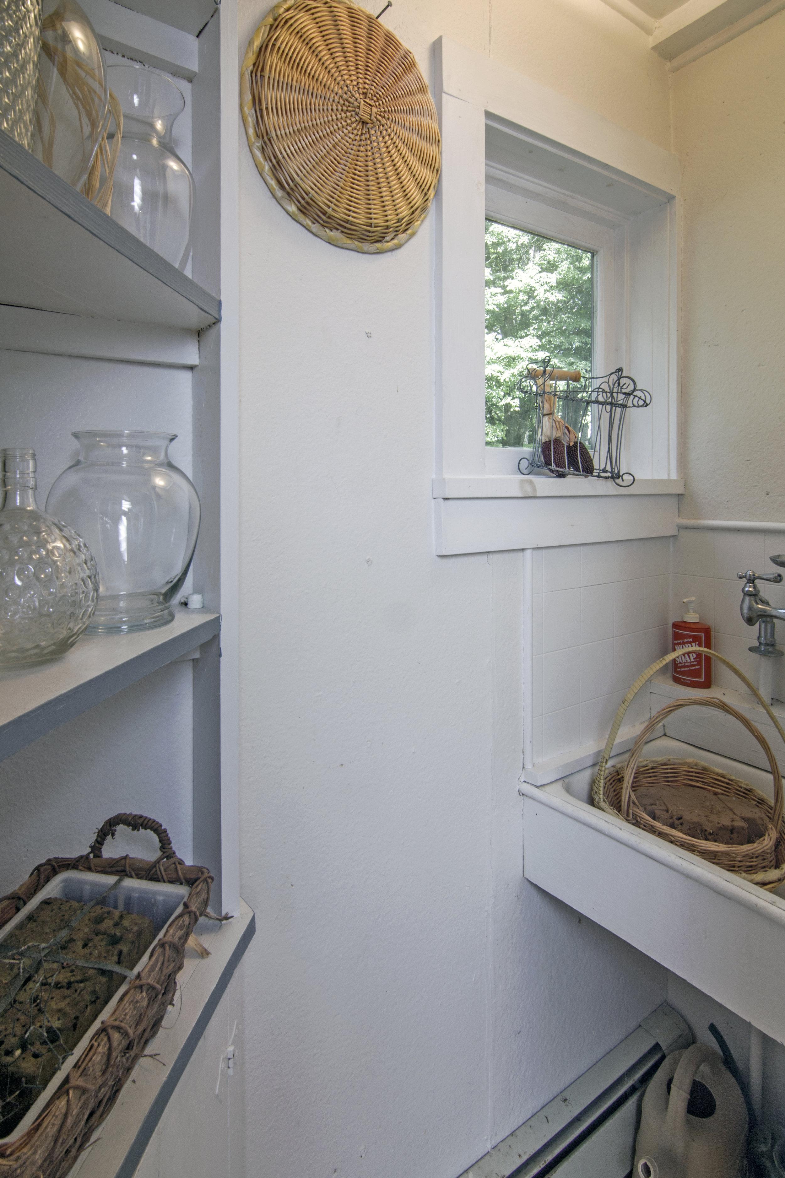 17-Potting Room