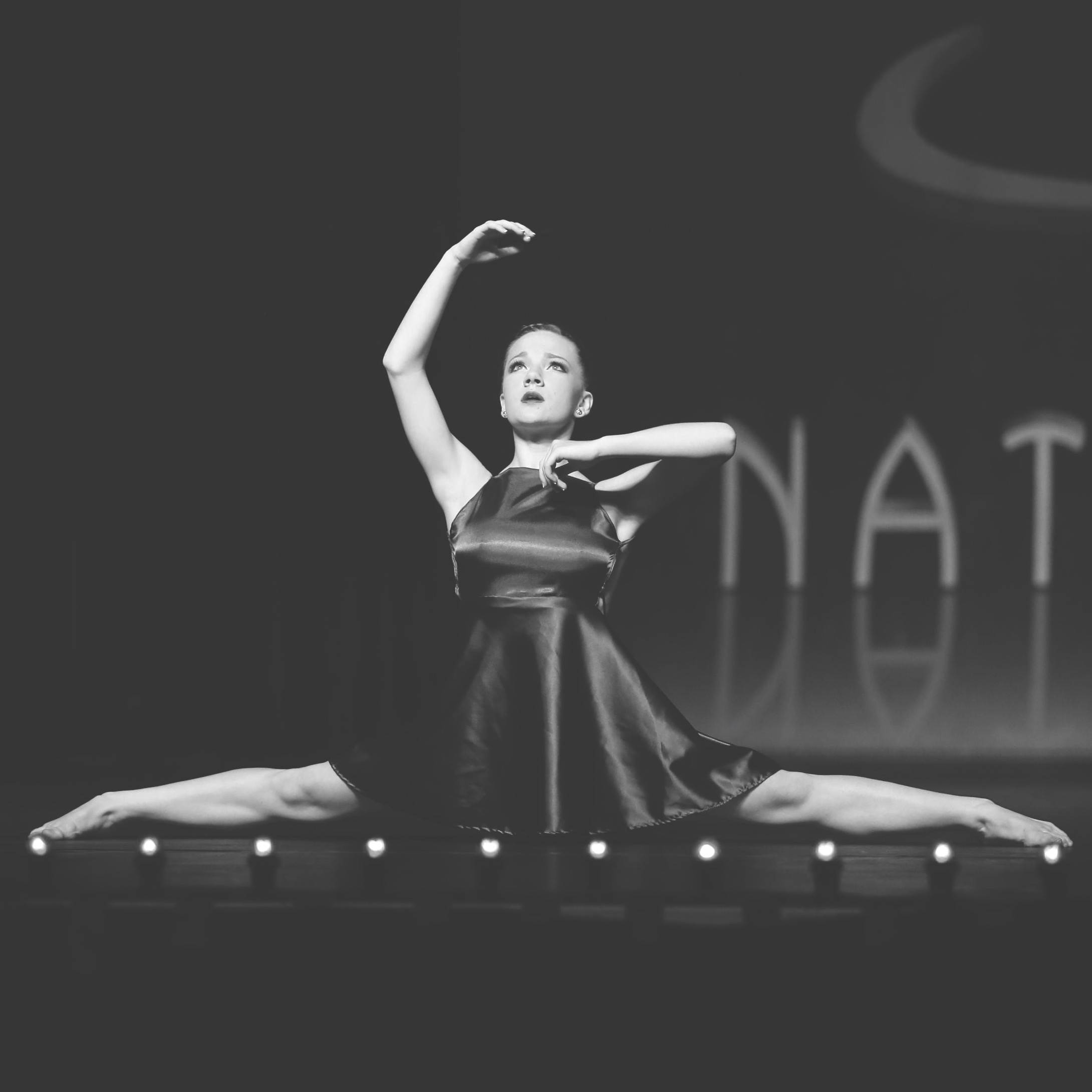 Contemporary  Contemporary blends elements of lyrical, jazz, and modern dance. It is a raw, organic, and emotional form of dancing with a strong technical foundation. This style emphasizes musicality, as it contrasts both smooth and staccato movements.