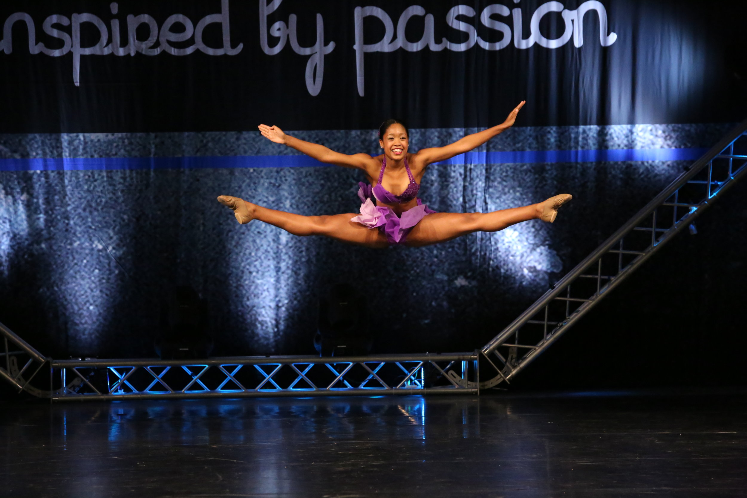 Taylor Groove-Dance-Competition_04_21_2017_804727.JPG
