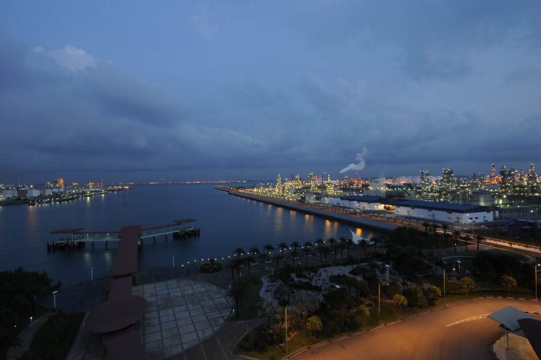 Jurong Island at night; picture courtesy: JTC