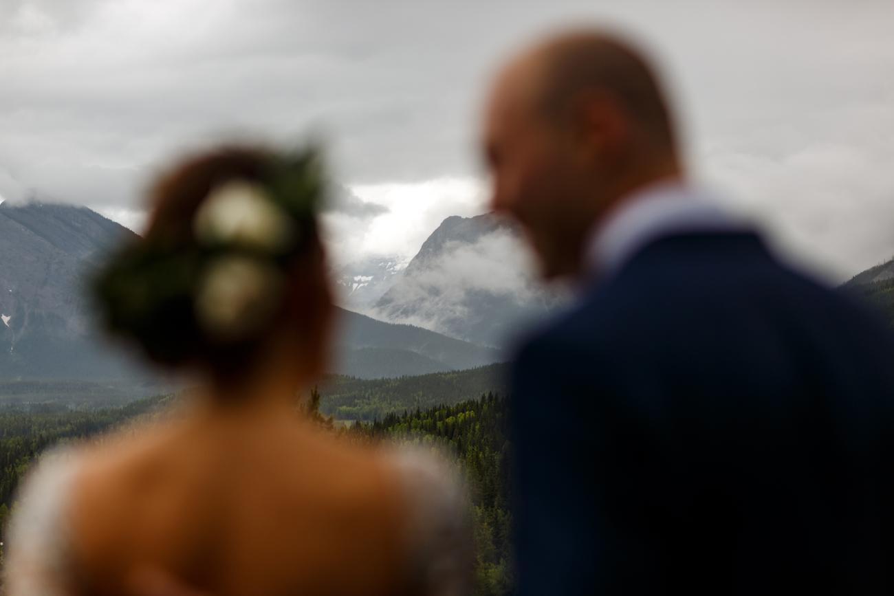 036-calgary-wedding-photographers.jpg
