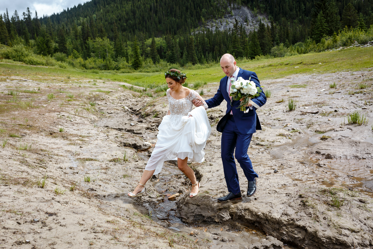 050-calgary-wedding-photographers.jpg