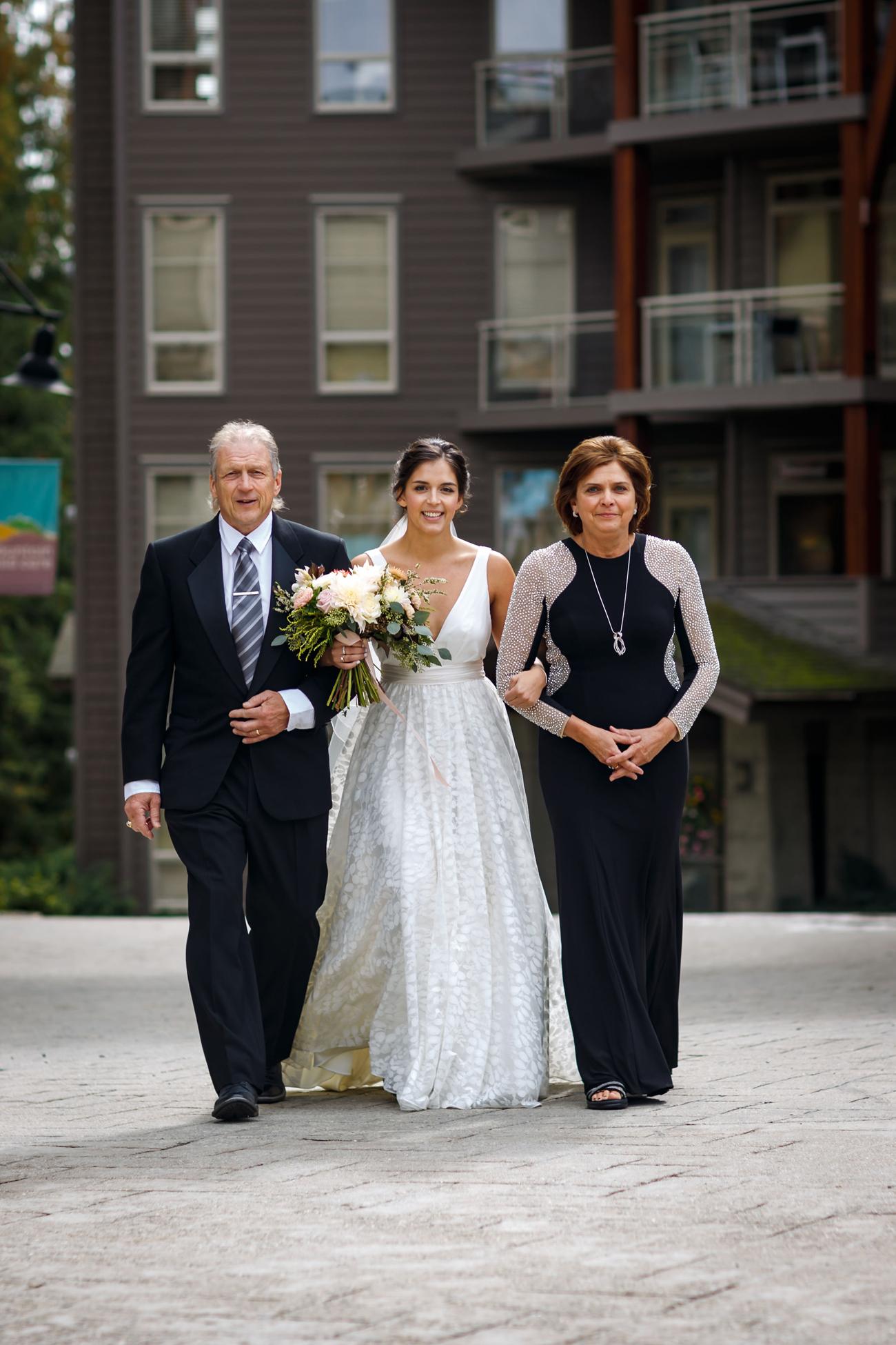 057-revelstoke-wedding-photographer.jpg