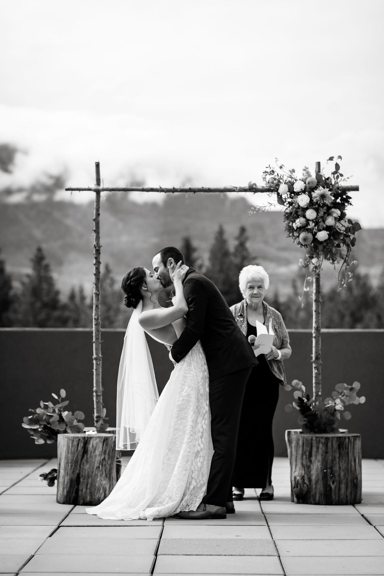 074-revelstoke-wedding-photographer.jpg
