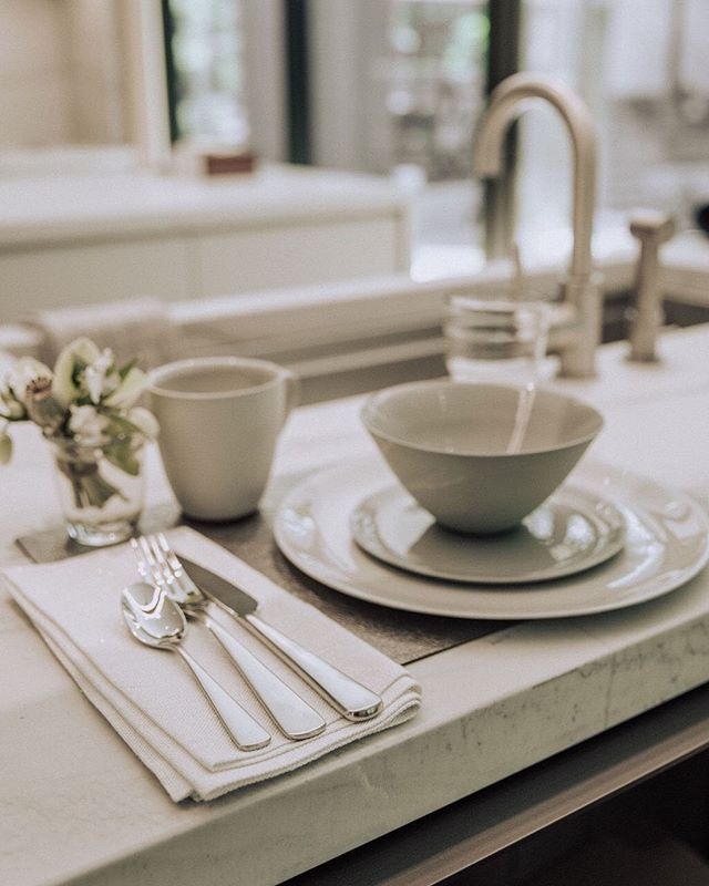 try more of an organic feel in order to warm and de-formalize the classic white dishware