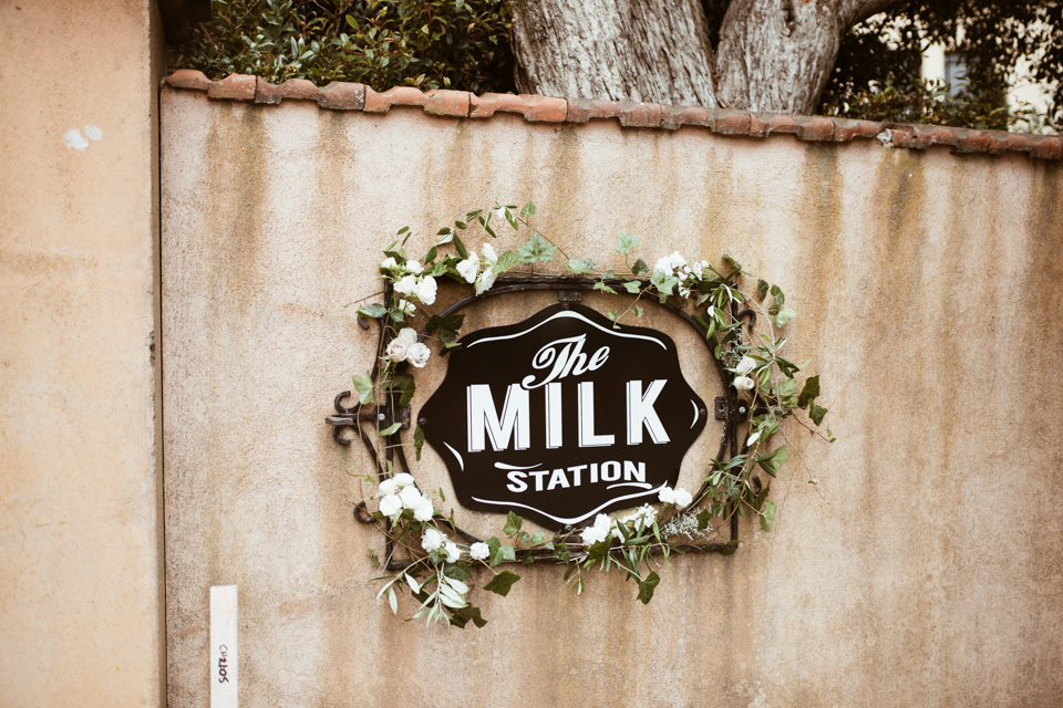 Emma + Will's wedding at the beautiful grounds that is The Milk Station, is up on the bloggo!!!